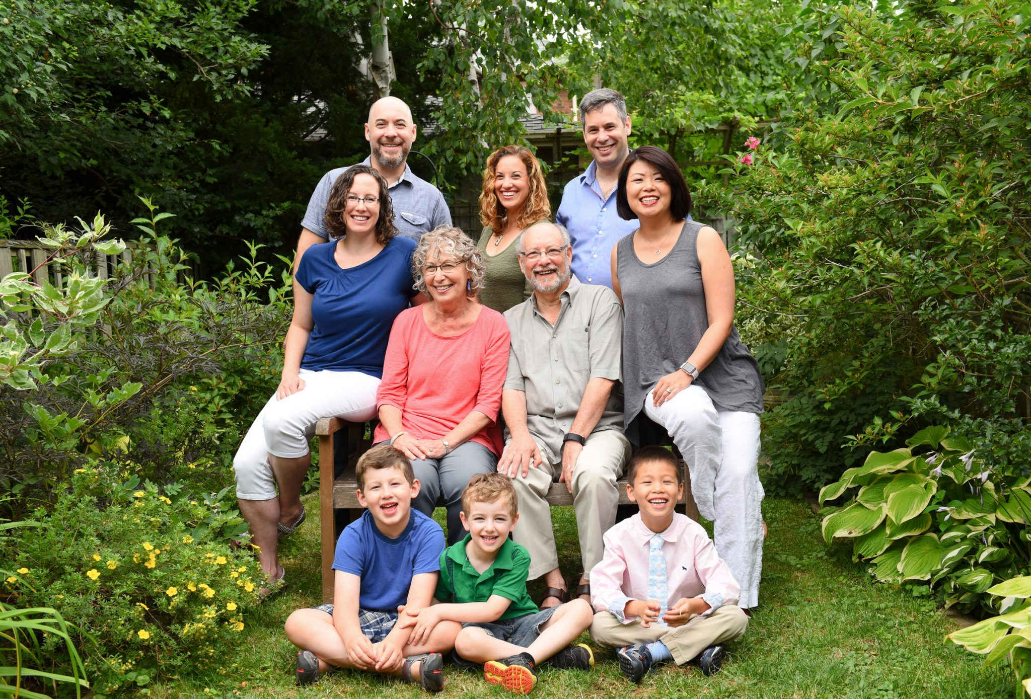 Toronto extended family photo