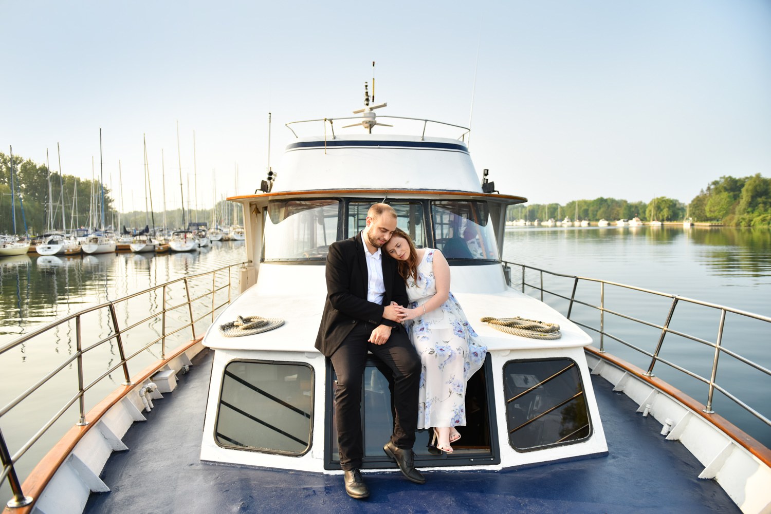 Sunrise romantic/yacht-engagement-photos Toronto Harbor